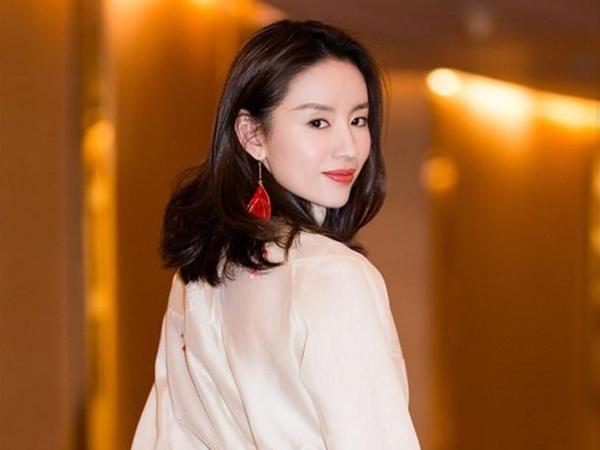 """Vì sao Đổng Khiết bị đạo diễn Trương Nghệ Mưu """"cấm cửa""""?"""