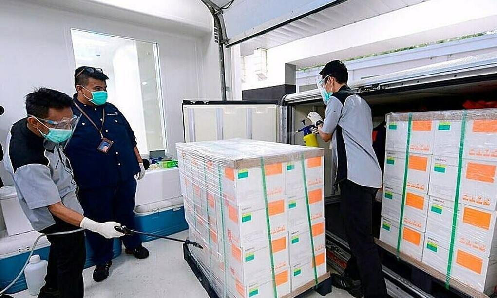 Thành công và tranh cãi quanh vaccine Covid-19 Trung Quốc