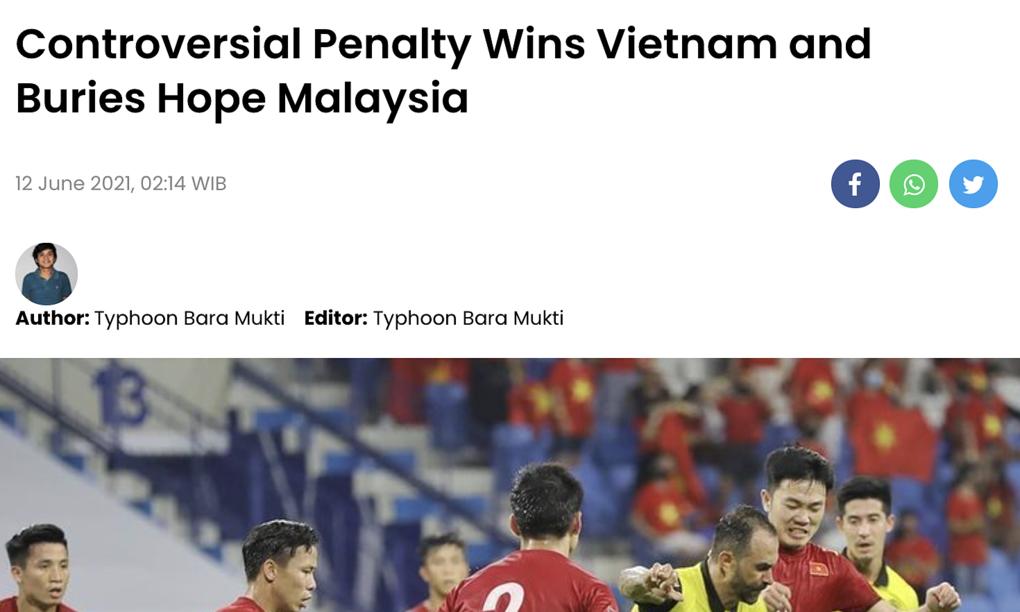 """Báo Malaysia: """"Quả phạt đền tranh cãi giúp Việt Nam"""""""