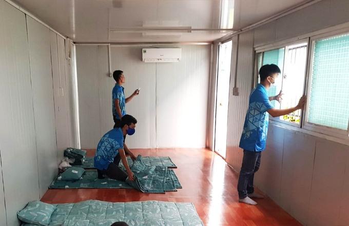 Lắp container văn phòng cho công nhân ở lại nhà máy