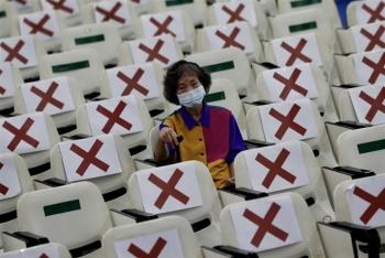 Dân Đài Loan bay sang Trung Quốc tiêm vaccine bất chấp quan hệ căng thẳng