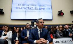 Nghị sĩ Mỹ muốn Facebook bỏ tiền ảo Libra