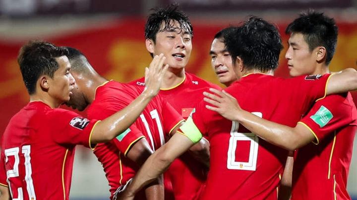 Tuyển Việt Nam thăng tiến, báo Trung Quốc lo đội nhà bại trận  - 3