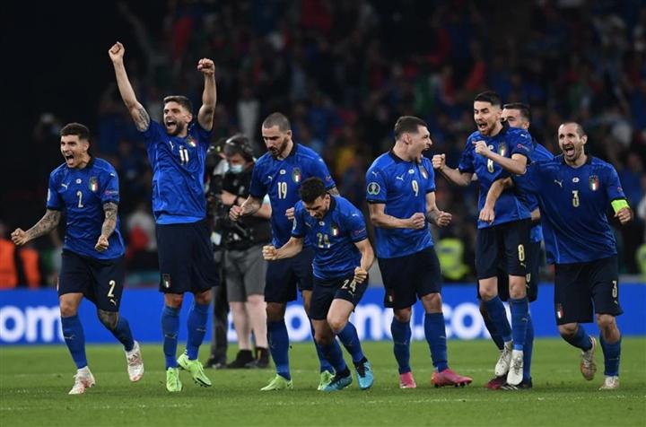 Italy vô địch EURO 2020: Thành công hoàn hảo của cách mạng tư duy  - 4