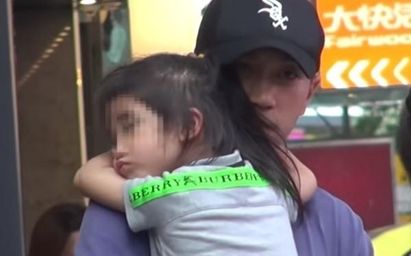 Hơn 1 năm không gặp mẹ, con gái Dương Mịch hiểu chuyện đến đau lòng - 4