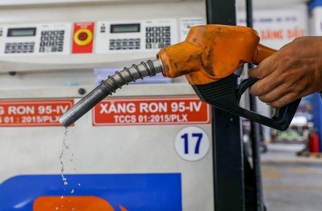 Giá xăng sẽ giảm vào ngày mai?