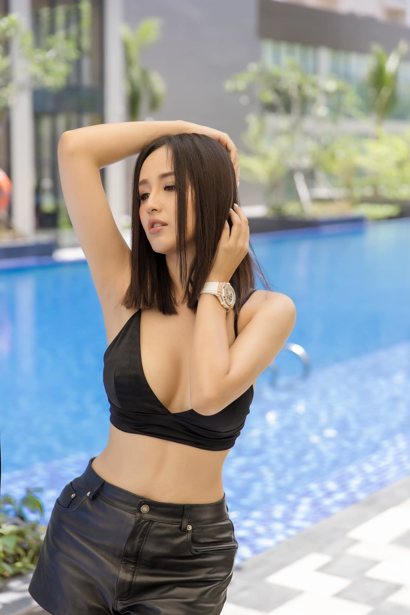 do body nong bong cua dan hoa hau xuat than tu dai hoc ngoai thuong