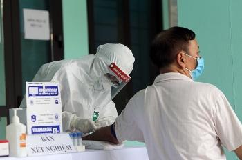 Chủ tịch Hà Nội: 'Test nhanh âm tính, vẫn có nguy cơ'
