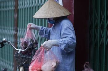 Hà Nội: Phong toả khu vực tạm trú của nhân viên điều hành xe buýt