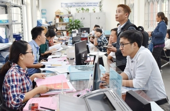 Đề xuất chính sách khuyến khích công chức, viên chức nghỉ hưu sớm