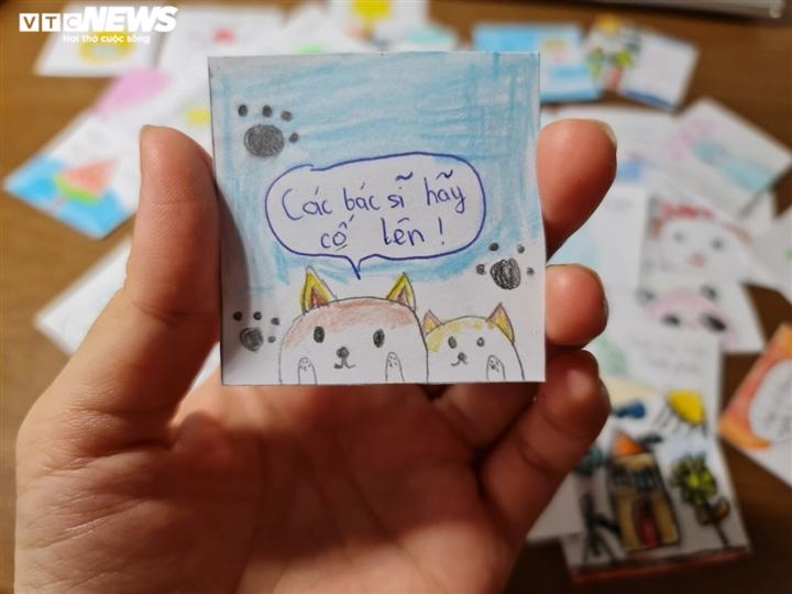 Những sticker ngộ nghĩnh kèm lời động viên trên hộp cơm gửi bác sĩ chống dịch - 6