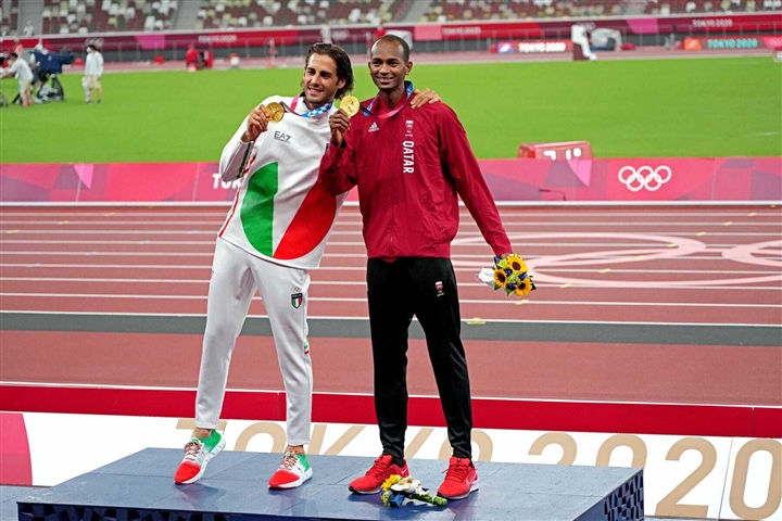Giành huy chương vàng Olympic, VĐV được thưởng thế nào? - 1