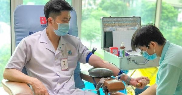 Thủ tướng: Chưa tổ chức hiến máu tình nguyện tại nơi đang áp dụng chỉ thị 16