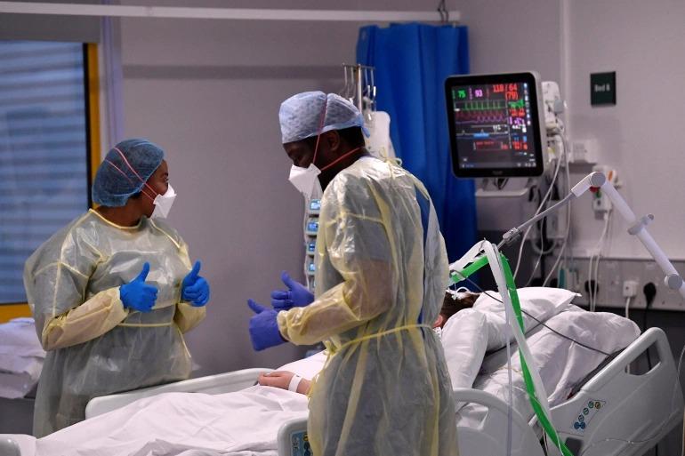 Anh: Hàng trăm người được tiêm chủng đầy đủ vẫn nhập viện vì COVID-19  -0