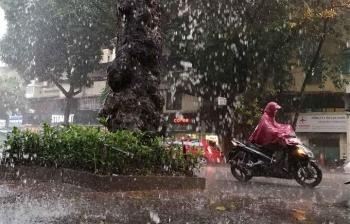 Thời tiết ngày 14/8: Bắc Bộ tiếp tục mưa dông diện rộng