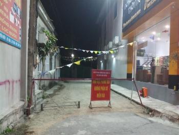 Phát hiện 1 ca nhiễm SARS-CoV-2 ở cộng đồng, Hà Tĩnh phong tỏa hơn 2.000 hộ dân