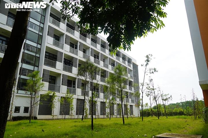 Cận cảnh các ngôi trường ở ngoại thành Hà Nội được trưng dụng làm khu cách ly - 6