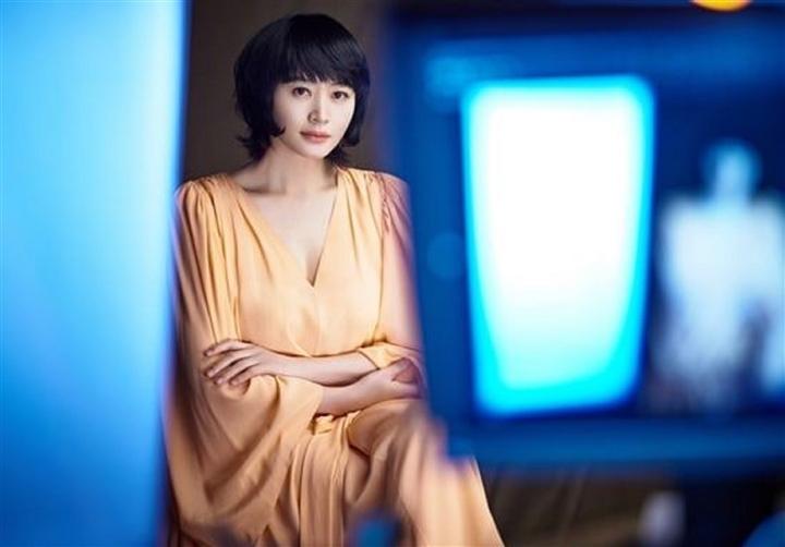 'Chị đại' của showbiz Hàn: Quyền lực trong showbiz nhưng khốn đốn vì mẹ - 9