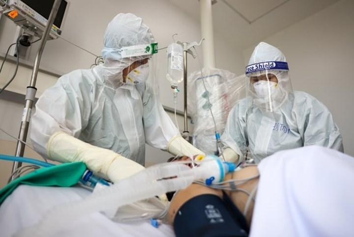 TP.HCM sẽ cho cơ sở y tế tư nhân thu dịch vụ điều trị Covid-19?