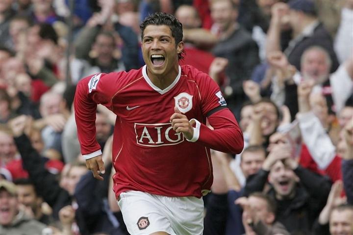Ronaldo trở lại Man Utd: Nghe lời Sir Alex, lật kèo ngoạn mục như phim hành động - 4