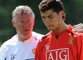 Ronaldo trở lại Man Utd: Nghe lời Sir Alex, lật kèo ngoạn mục như phim hành động