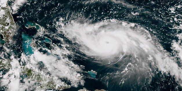 Bão Dorian: Nước Mỹ khốn khổ vì các nhà khí tượng học 'rởm'