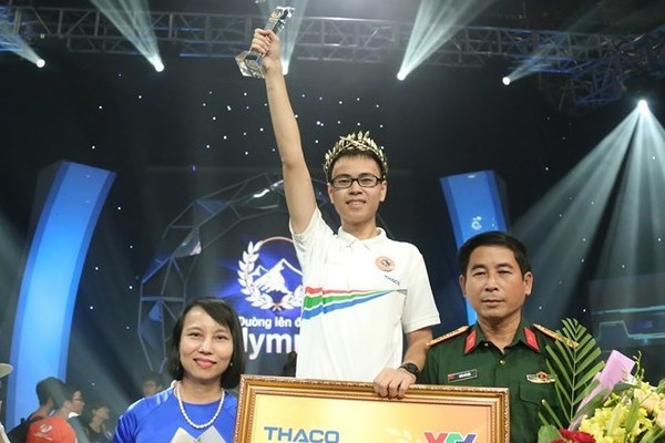 tran the trung vo dich chung ket duong len dinh olympia 2019