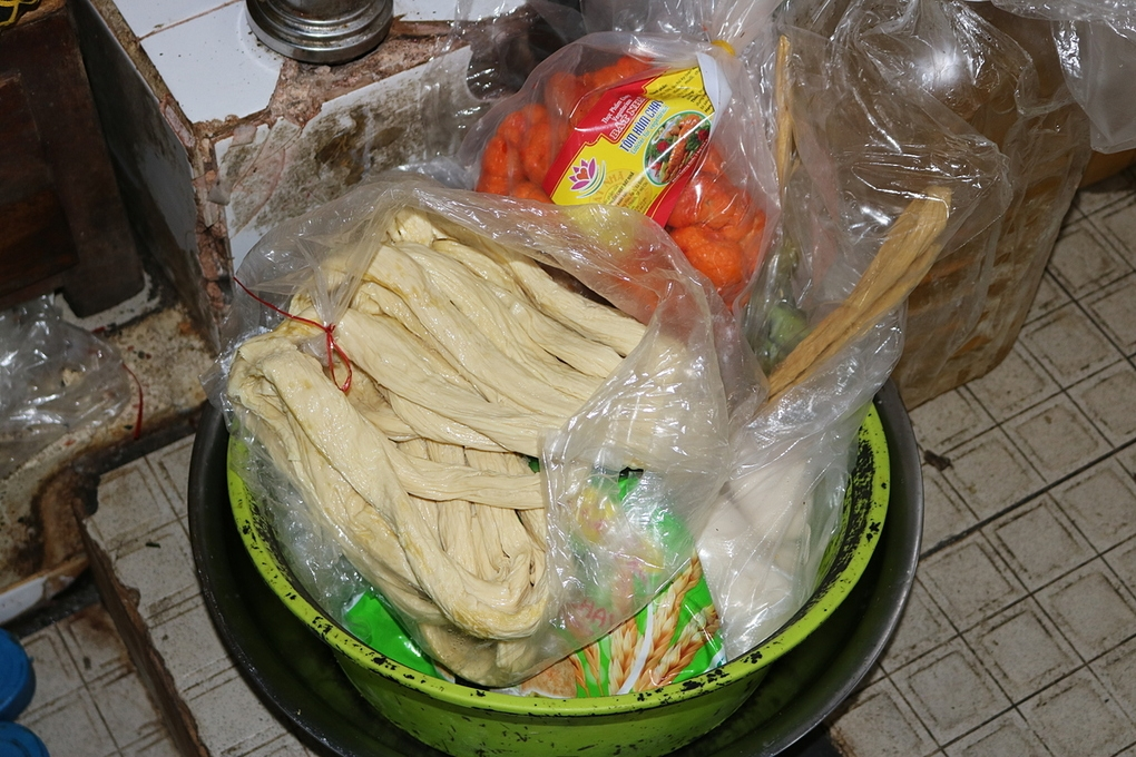 tran lan do chay khong nhan mac