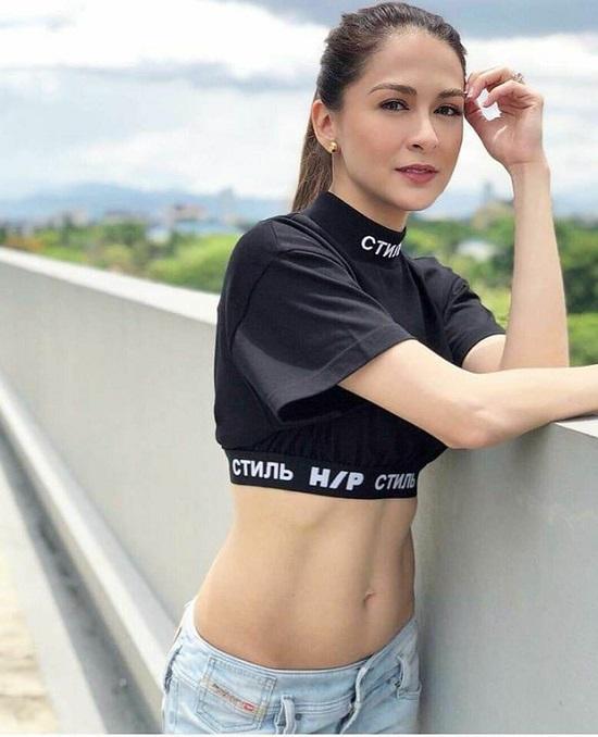 'Mỹ nhân đẹp nhất Philippines' lấy lại vóc dáng sau sinh, khoe cơ bụng cực phẩm ai nhìn cũng mê mẩn - Ảnh 1