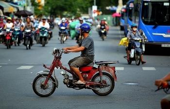 Dự kiến hỗ trợ đổi xe máy cũ: Ngân sách có nên chi?