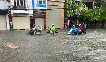 Thời tiết ngày 1/9: Bắc Bộ mưa dông, nguy cơ lũ quét và ngập úng nhiều nơi