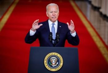 Ông Biden chỉ trích Tổng thống Afghanistan bỏ trốn 'giữa tham nhũng, bất lương
