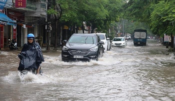 Thời tiết ngày 4/9: Mưa dông bao trùm cả nước, nguy cơ lốc sét và gió giật mạnh