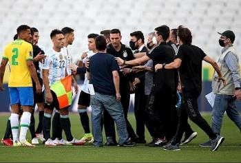 Truyền thông thế giới nói gì về trận đấu Brazil và Argentina bị hoãn?