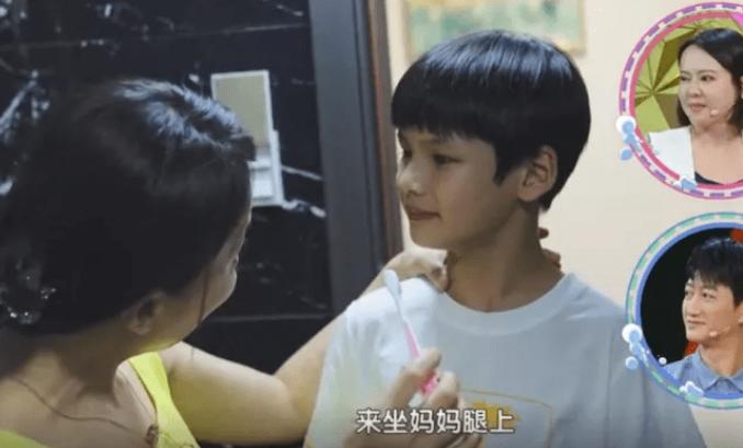 Những đứa trẻ 'răng không tự đánh, giày không biết xỏ' ở Trung Quốc - 1