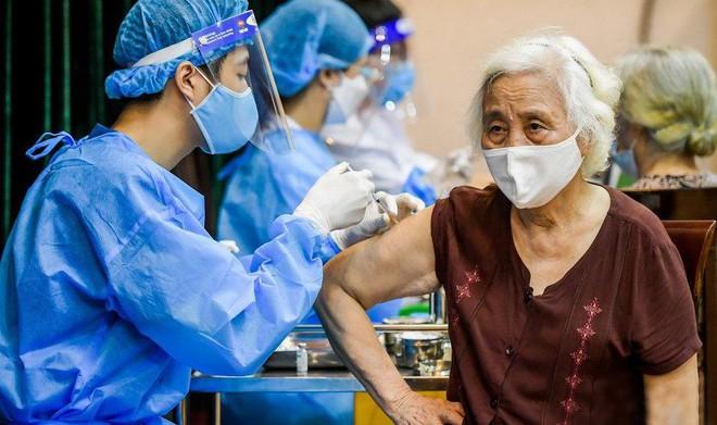 """""""Ngoại giao vaccine"""" tạo thành quả để có thêm nhiều nhất, nhanh nhất vaccine tiêm cho người dân"""