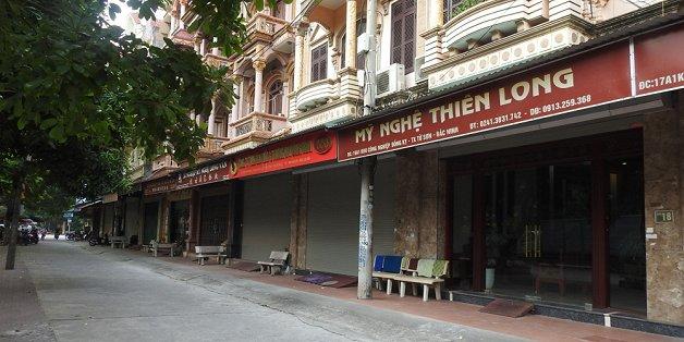 lang ty phu dong ky vat lon trong con khon kho
