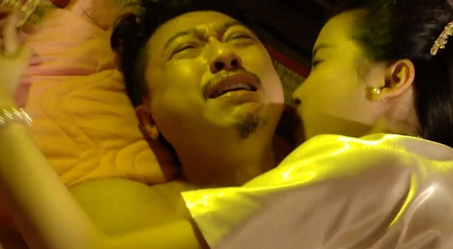 nhan sac nong bong cua 2 my nhan cuong buc dan ong gay sot man anh