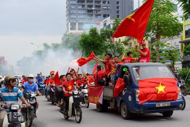 Huy động lực lượng ngăn chặn gây rối, đốt pháo trận Việt Nam vs Malaysia