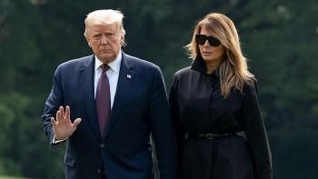 Bầu cử Mỹ ra sao khi Tổng thống Trump nhiễm Covid-19?