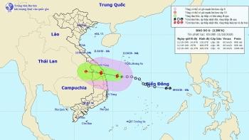 Thời tiết 11/10: Bão số 6 đi vào đất liền, miền Trung mưa lớn