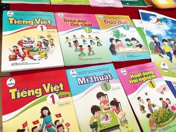 Sách Tiếng Việt lớp 1 dạy học sinh