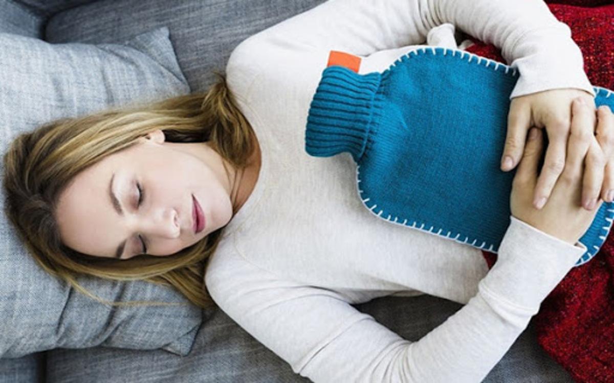 Vùng bụng: Nếu vùng bụng không được giữ ấm và bảo vệ sẽ gây ra một số tình trạng như đau bụng, trào ngược axit dạ dày…
