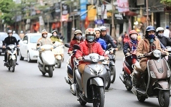 Thời tiết 17/10: Hà Nội đón gió đông bắc cấp 3, miền Trung vẫn mưa lớn