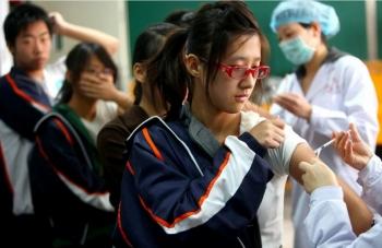 Chuyên gia Trung Quốc cảnh báo về thách thức dịch chồng dịch trong mùa đông