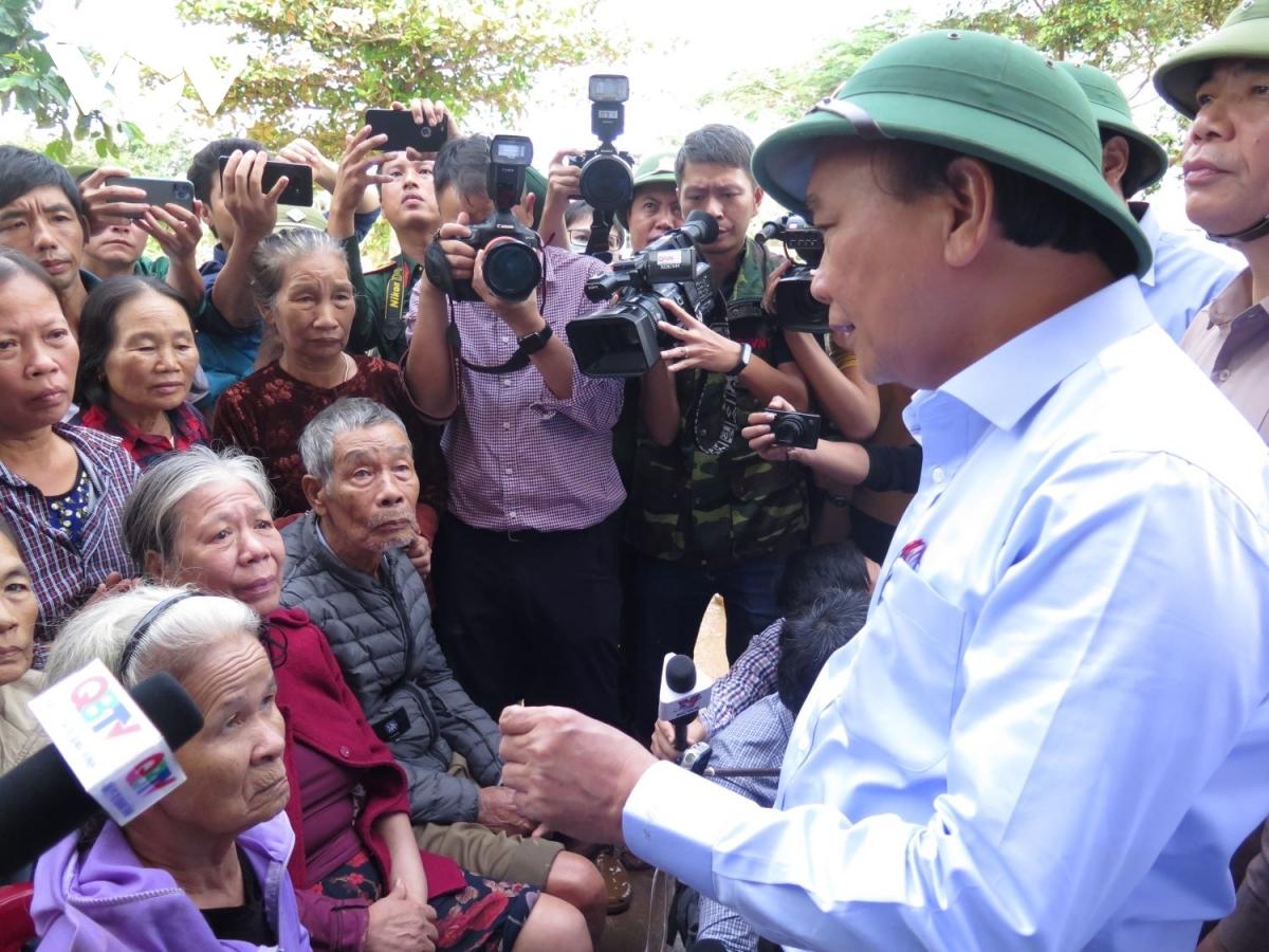 dai bieu quoc hoi neu phai bo sung ngan sach cho vung lu chung toi ung ho