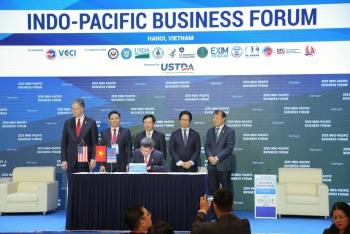 """PV GAS và Tập đoàn AES ký """"Thoả thuận các điều khoản chính của Hợp đồng liên doanh dự án kho cảng LNG Sơn Mỹ"""""""