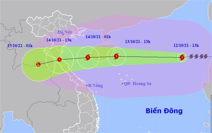 Bão số 8 giật cấp 13, hướng vào Thanh Hóa - Quảng Bình