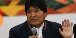 Cựu Tổng thống Bolivia Evo Morales sang Mexico tị nạn chính trị