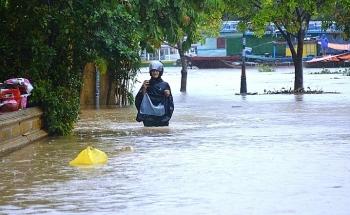 Thời tiết 12/11: Trung Bộ đối mặt nguy cơ lũ quét sạt lở